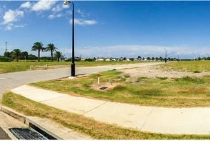11 Catana Crescent, Hope Island, Qld 4212