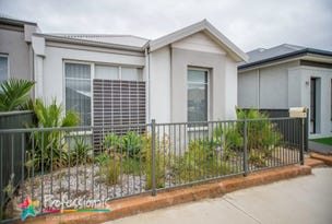 81 Bellas Circuit, Piara Waters, WA 6112