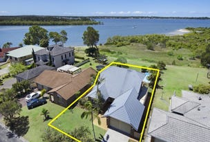 32 The Peninsula, Yamba, NSW 2464