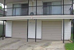 8 Deakin Avenue, Southport, Qld 4215
