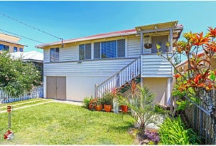 25 Kate Street, Woody Point, Qld 4019