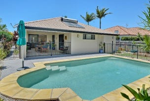 3 Staysail Place, Twin Waters, Qld 4564