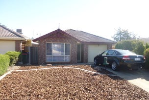 8 Stringbark Avenue, Craigmore, SA 5114