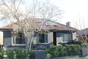 305 Highview Crescent, Lavington, NSW 2641
