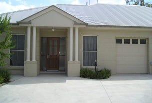 Bathurst, address available on request