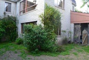 1A Winscombe Crescent, Sandy Bay, Tas 7005