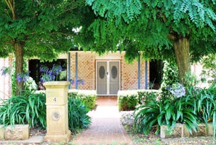 4 Kookaburra Court, Highfields, Qld 4352