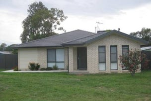 4 Sims Place, Kambah, ACT 2902