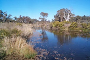 27033 New England Highway, Stanthorpe, Qld 4380