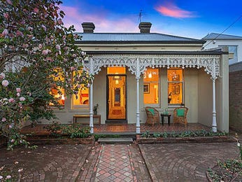 Photo of a brick house exterior from real Australian home - House Facade photo 525193