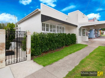 92 Arthur Terrace, Red Hill, Qld 4059