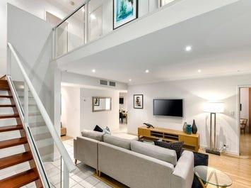 1/4 Fraser Terrace, Highgate Hill, Qld 4101