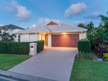 9133 Peter Senior Drive, Hope Island, Qld 4212