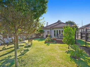 682 Hawthorn Road, Brighton East, Vic 3187