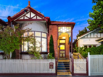 32 Godfrey Avenue, St Kilda East, Vic 3183