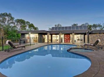 230 Research Warrandyte Road, Warrandyte, Vic 3113