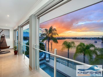 19 Kingfisher Crescent, Burleigh Waters, Qld 4220