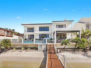 104 Commodore Drive, Paradise Waters, Qld 4217