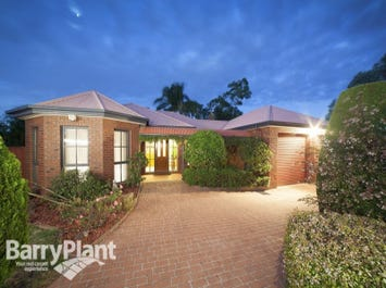 9 Coronet Court, Cranbourne, Vic 3977