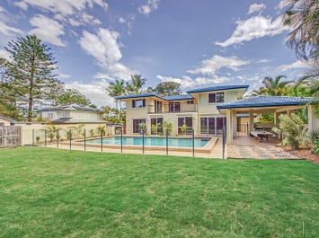 13 Winchester Street, Southport, Qld 4215
