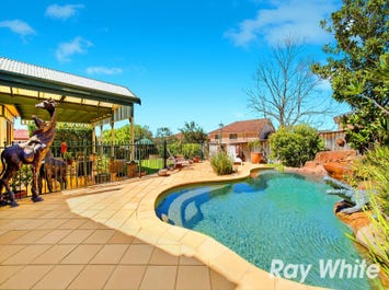 10 Beaumaris Avenue, Castle Hill, NSW 2154