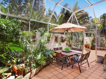 1/177 Old Burleigh Road, Broadbeach, Qld 4218