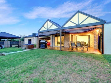 34 Coral Close, Rosebud, Vic 3939