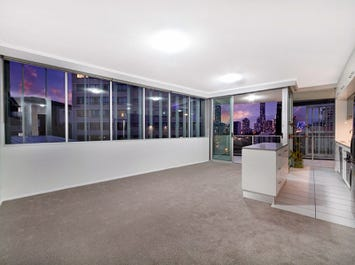 12/89 Lambert Street, Kangaroo Point, Qld 4169