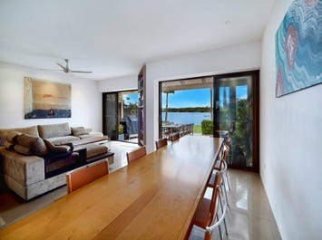 2/81-91 Boykambil Esplanade North, Hope Island, Qld 4212