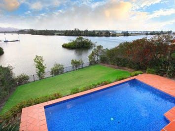 3138 Riverleigh Drive, Hope Island, Qld 4212