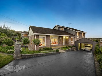 12 Mont D'or Parade, Highton, Vic 3216