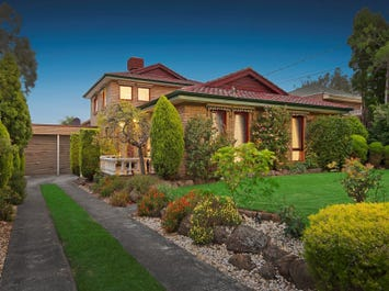 2 Shearers Court, Vermont South, Vic 3133