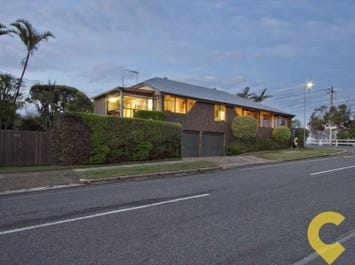 98 Shorncliffe Parade, Shorncliffe, Qld 4017