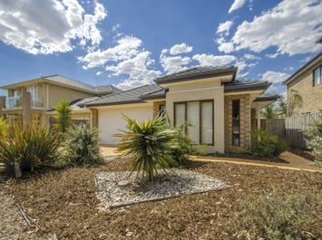 13 Middle Park Drive, Sanctuary Lakes, Vic 3030