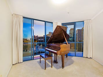 29/2 Goodwin Street, Kangaroo Point, Qld 4169