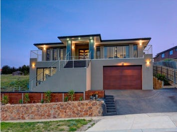 47 Linlithgow Way, Greenvale, Vic 3059