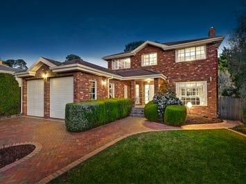 18 Crawley Grove, Ringwood North, Vic 3134