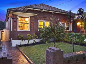 33 Nelson Road, North Strathfield, NSW 2137