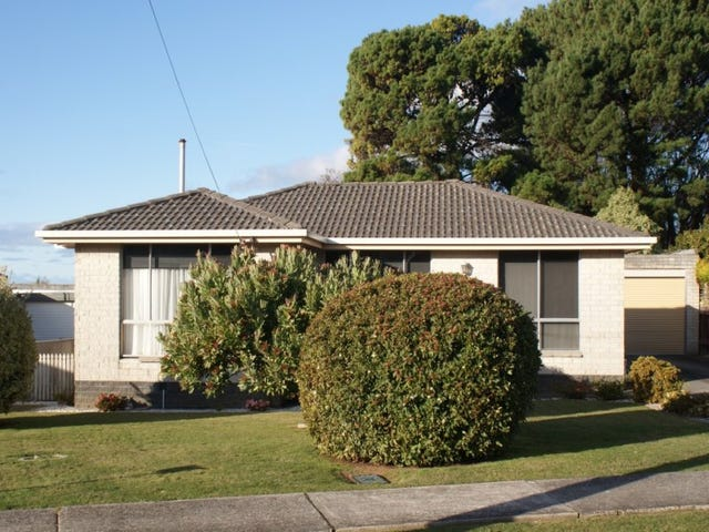 36 Richardson Street, West Ulverstone, Tas 7315