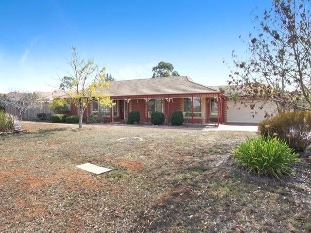 1 Gleneagles Drive, Melton West, Vic 3337