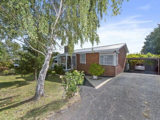 13 Adelphi Road, Claremont, Tas 7011
