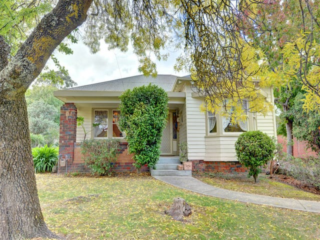 105 Warrenheip Street, Buninyong, Vic 3357