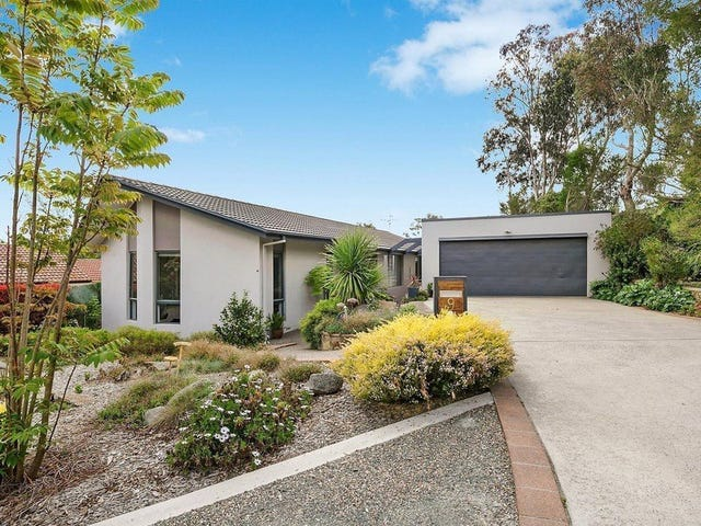9 Cheel Place, Farrer, ACT 2607