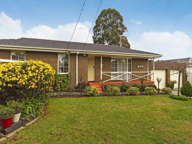 8 Brownlee Crescent, Wheelers Hill, Vic 3150
