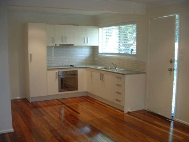 1/7 Woodville Place, Annerley, Qld 4103