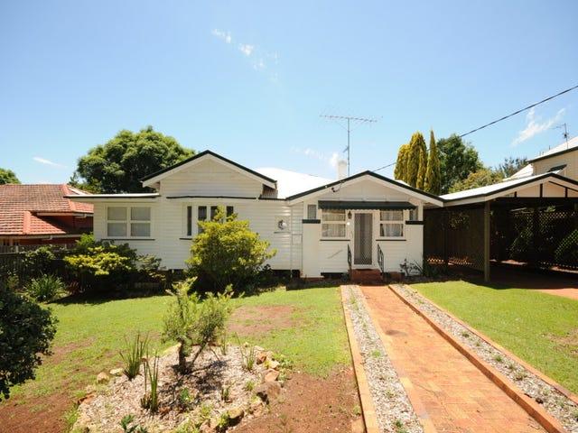 31 Campbell Street, East Toowoomba, Qld 4350