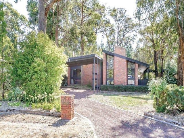 4 Chatham Avenue, Mount Helen, Vic 3350