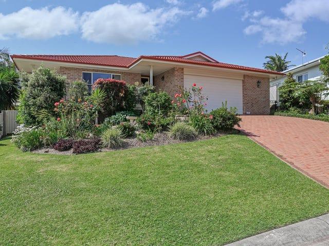 9 Daintree Drive, Korora, NSW 2450