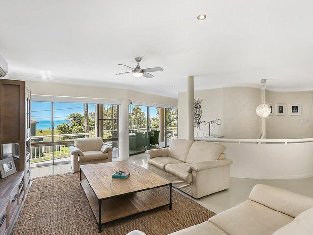 14 Emerald Avenue, Sapphire Beach, NSW 2450