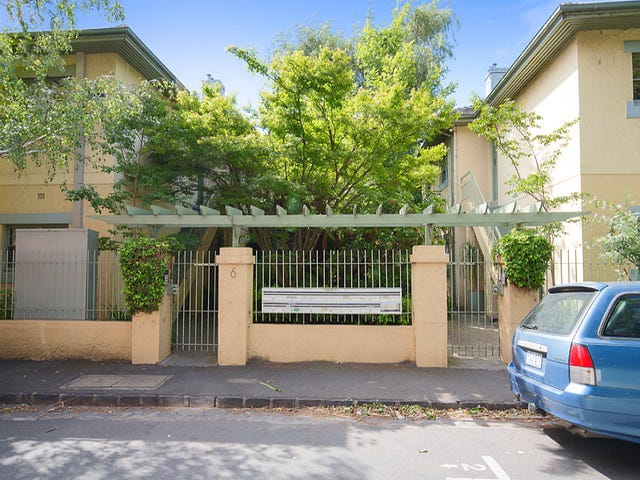 5/6 West Beach Road, St Kilda, Vic 3182
